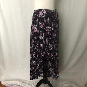 Forever 21 women's Floral Maxi skirt